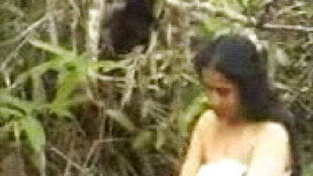 एशियाई इंग्लिश सेक्स मूवी फुल मूवी पत्नी अजनबी द्वारा गड़बड़