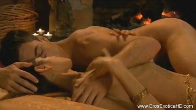 सारा यंग ने अपने शुरुआती वीडियो में कमबख्त फुल मूवी सेक्सी पिक्चर