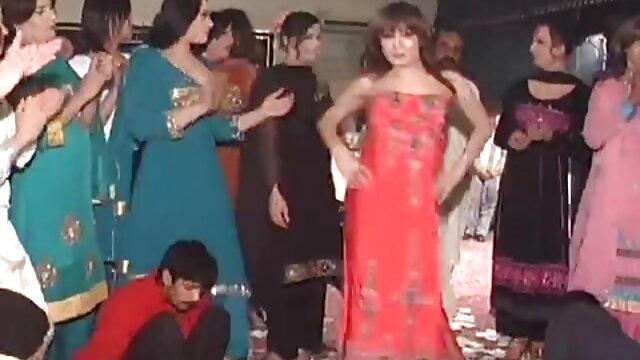 लड़की और वेबकैम सेक्सी मूवी हिन्दी के सामने फुहार