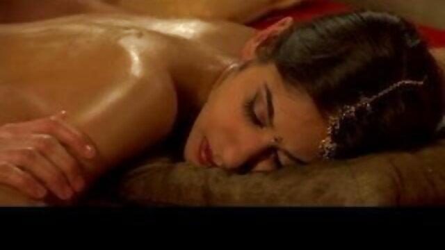 आनिया हॉलीवुड सेक्सी मूवी कॉम