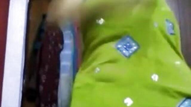 गर्म किशोर एक सेक्सी टीएसएचआईआरटी दिव्या सेक्सी मूवी संपर्क के लिए तैयार किए गए