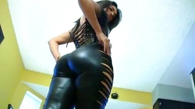Alesia के साथ सेक्सी वीडियो मूवी कॉम त्रिगुट गुदा