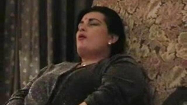 एलेसेंड्रा एपरेसिडा दा मिथुन की सेक्सी मूवी कोस्टा विटाल 07