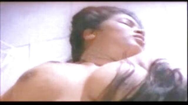 सुंदर लड़की के साथ सबसे हिंदी सेक्सी फुल मूवी वीडियो अच्छा डीप गले