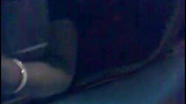 ए जे ब्लो सनी लियोन की सेक्सी मूवी वीडियो ए लकी व्हाइट: -PNTK-: