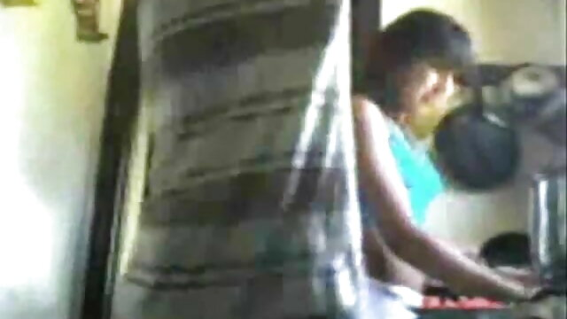 शॉवर में हिंदी सेक्सी वीडियो फुल मूवी शौकिया blowjob बीबीसी